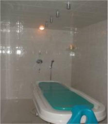 Serene Wellnesss Spa - Vichy Shower